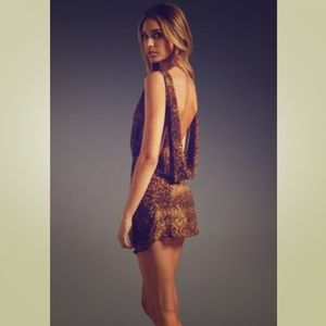 UNIF mini backless dress 🐆🔥